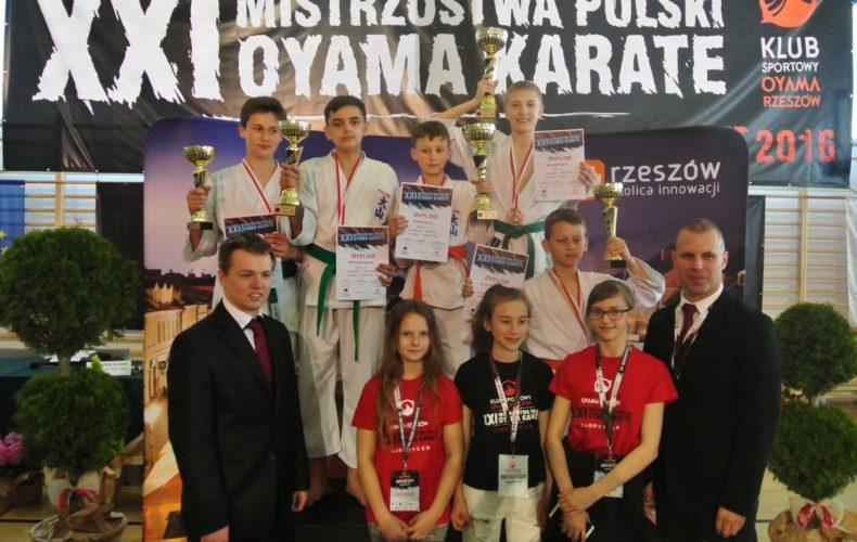 7 medali na XXI Mistrzostwach Polski OYAMA Karate